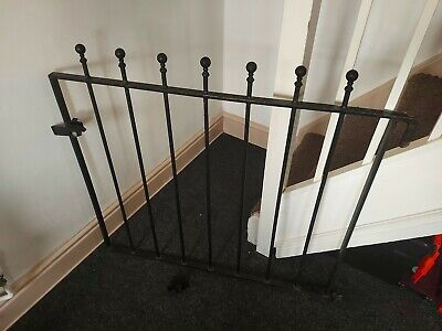 Manor Ball Top Single Garden Gate Wrought Iron - Painted Black