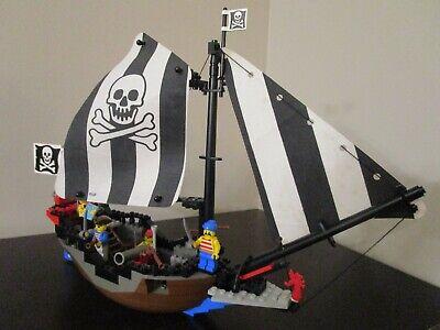 Vintage (1993) LEGO Pirates set 6268 Renegade Runner - VERY RARE