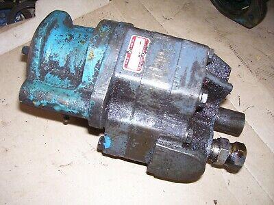 Vintage Allis Chalmers Wc Tractor - M W Live Hyd Pump Dist Dr -1944