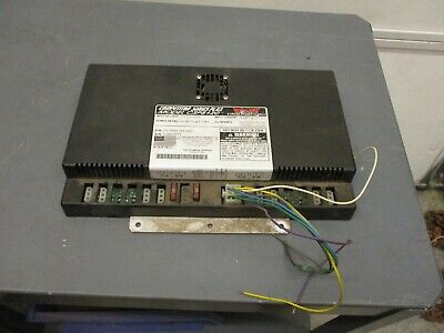Whelen Strobe Power Supply Used 8 Outlet Csp8120