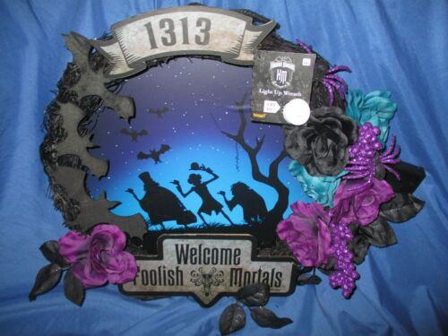 HAUNTED MANSION Spirit Halloween Exclusive Wreath ~HITCHHIKING GHOSTS (Disney)