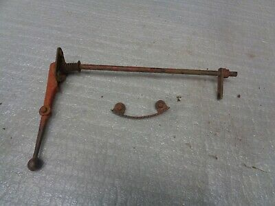 Farmall 300 Utility. Governor Control Handle Governor Control Selector