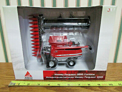 Massey Ferguson 9895 Combine With Two Heads By Ertl 1/64th Scale