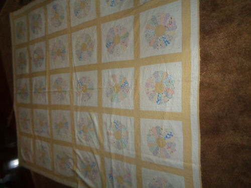 """QUILT    APPROX. 92"""" X 78""""   WELL USED   PREOWNED"""