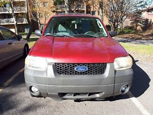 2007 Ford escape AWD Automatic asking $1900