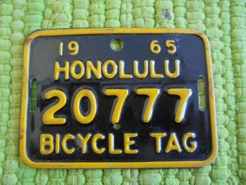 1965 Honolulu Hawaii BICYCLE TAG License Plate 65 HI Bike 20777