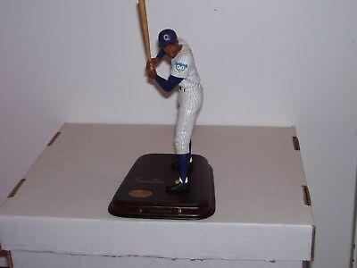 "Danbury Mint ERNIE BANKS ""Mr. Cub"" Chicago Cubs #14 Hall of Famer(Bat issue)"