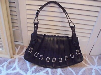 GIANNI VERSACE BLACK LEATHER HANDBAG LOVELY CONDITION