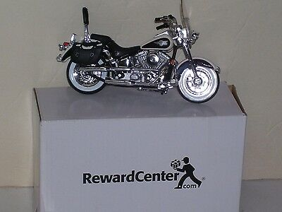Maisto 1993 Heritage Softail Harley Davidson Motorcycle Mint in Box