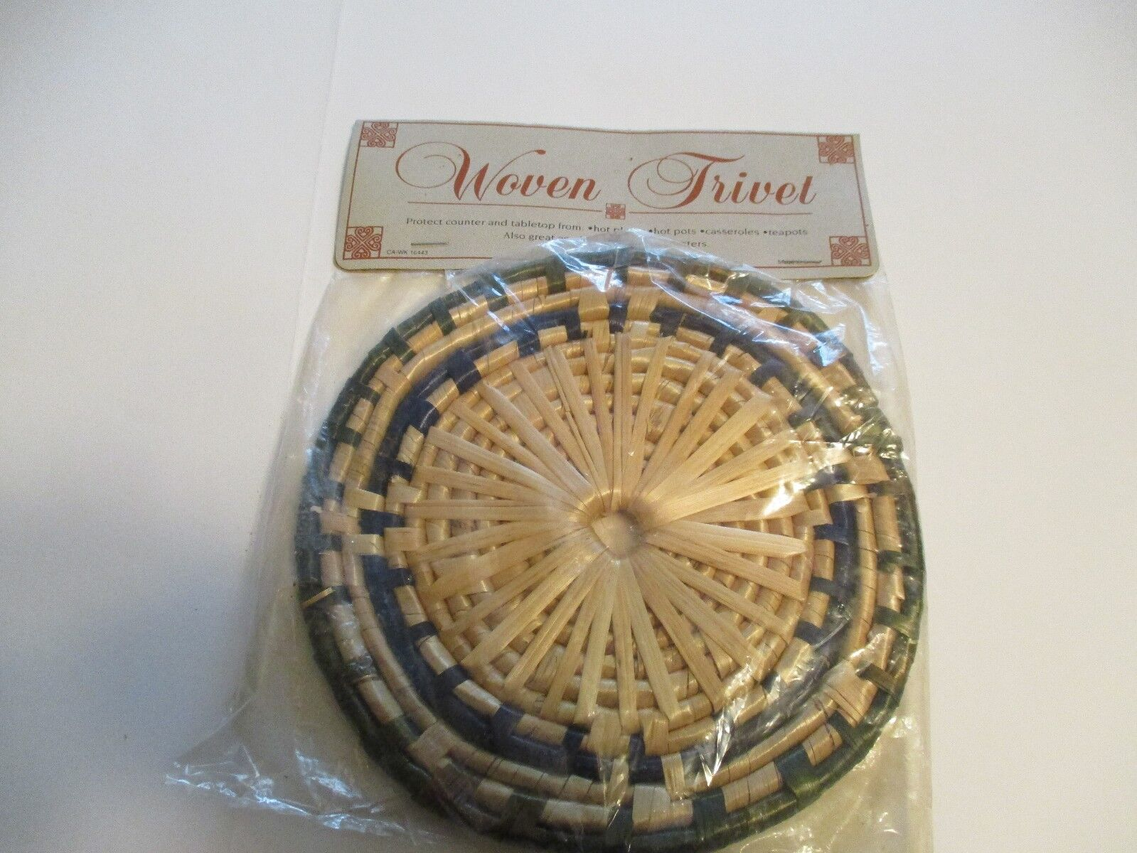 WOVEN TRIVET VINTAGE PROTECTS TABLETOPS FACTORY SEALED HOT S