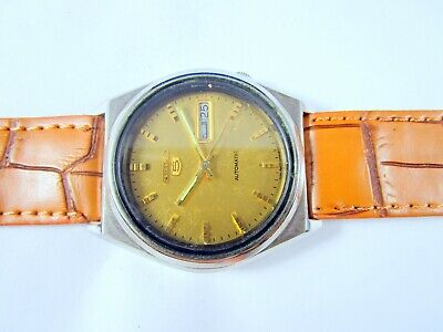 VINTAGE SEIKO 5 AUTOMATIC ORIGINAL DIAL DAY-DATE JAPAN WRIST WATCH # Q3