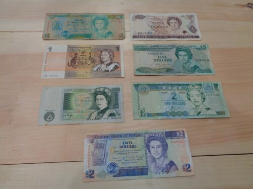 Set of 7 Mixed Banknotes Foreign Currency World Paper Money Queen Elizabeth