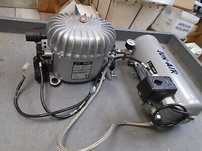 Jun-air Model 6 Compressor And 1132430 5l Pressure Vessel 230v