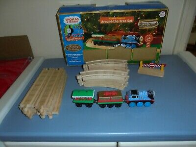"Thomas & Friends Wooden Railway Train Holiday ""Around The Tree Set"""
