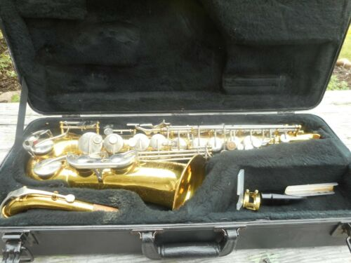 Vintage CONN 24M Pan American Alto Sax Saxophone Musical Instrument Horn & Case