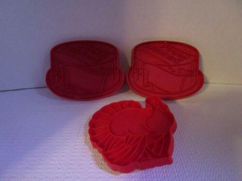 Tupperware 2 Happy Birthday Cake & 1 Thanksgiving Turkey Red Cookie Cutters
