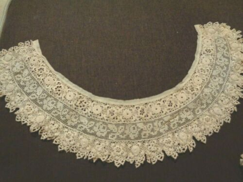 Victorian Hand Crocheted Lace Collar...Exquisite