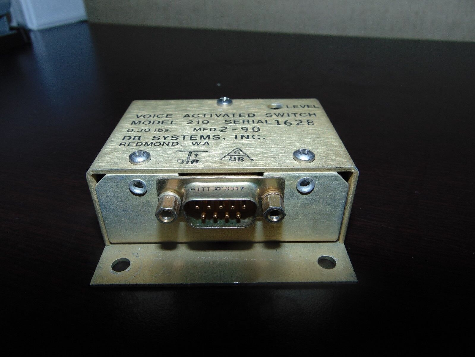 DB SYSTEMS 210 voice activated switch