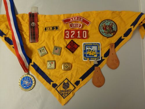 Cub Scout memorabilia lot of pins, patches, medal, awards, c1980