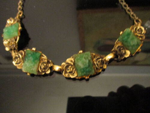 Vintage Estate Art Deco Czech Molded Glass Jade Flowers Gold Tone Roses Necklace