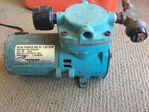 12 volt air compressor, blue tongue Mk3. Wellard Kwinana Area Preview