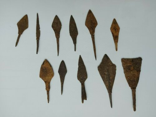 Arrowheads metal from the land cop Ukraine artifacts