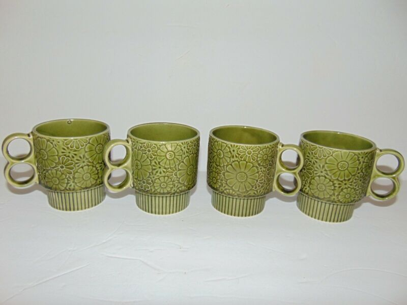 4 VTG 70s Stackable Coffee Mugs Daisy Embossed Avocado Green Double Ring Handles
