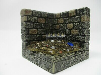 Dwarven Forge Dwarvenite Dungeon Corner Wall Treasure Horde #2](Dungeon Wall)