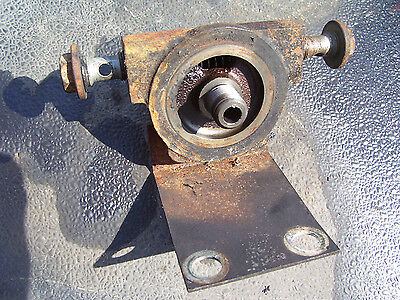 Vintage Ford 1520 Diesel Tractor -hydraulic Filter Base