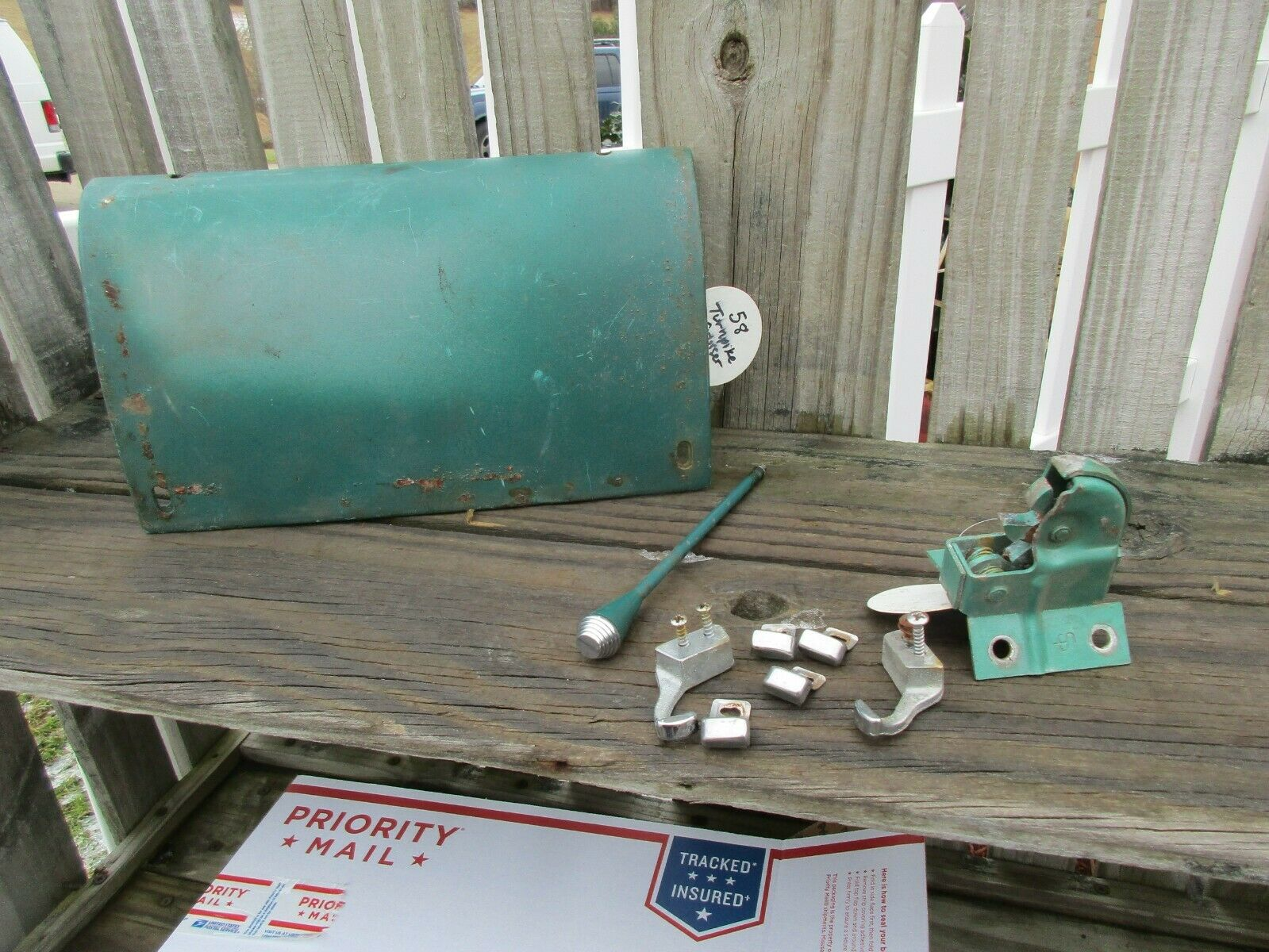 1958 MERCURY TURNPIKE CRUISER GLOVE BOX DOOR/SHIFTIER/LATCH/TRIM