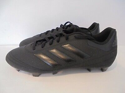 MENS ADIDAS BLACK FOOTBALL BOOTS WITH MOULDED STUDS - UK SIZE 8