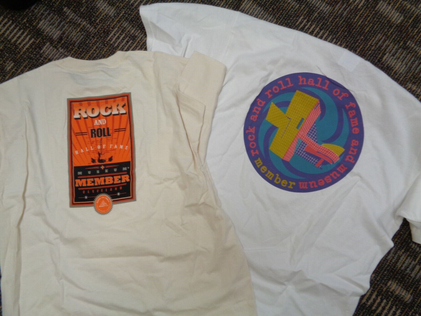 LOT 6-ROCK ROLL HALL OF FAME MUSIC MUSEUM CLEVELAND OHIO MEMBER ADULT T-SHIRTS - $19.99