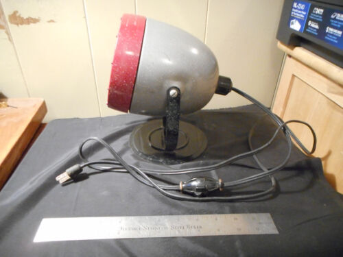 Vintage KODAK Adjustable safelight darkroom lamp w/ Wratten filter 6b