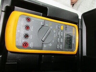 Fluke 88va Automotive Multimeter Combo Kit With Leads Case