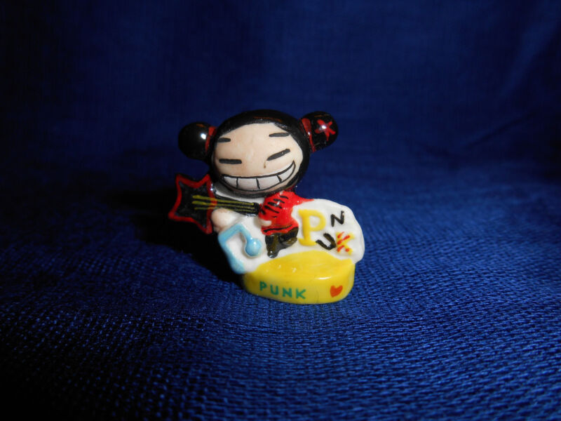 PUCCA Star GUITAR PUNK LOVE Mini Figurine French Porcelain FEVES Yellow Base