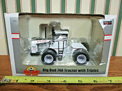 Big Bud 740 With Triples Prairie Monster Series By SpecCast 1/64th Scale >