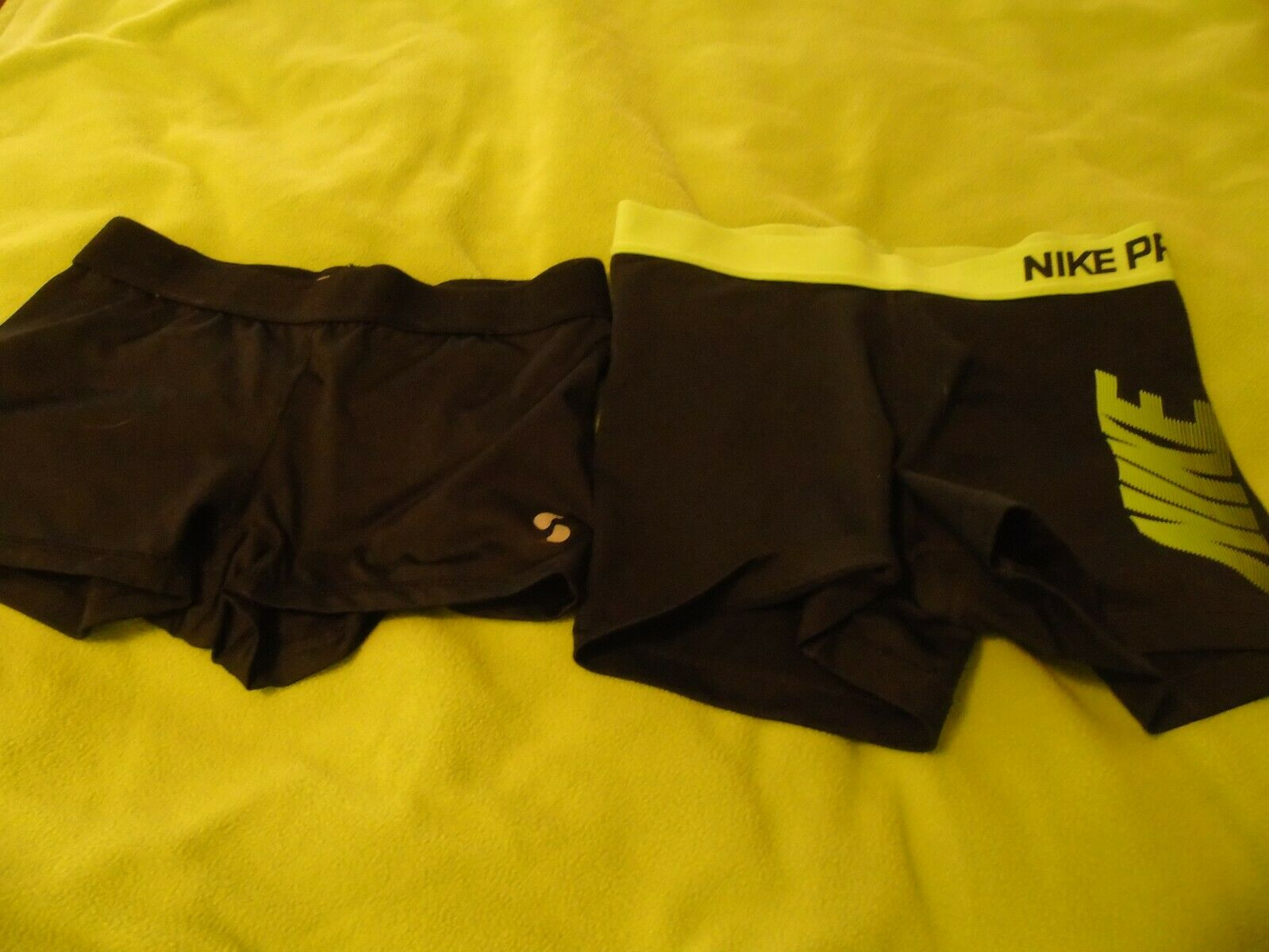Womens Spandex/compression Shorts Sz Med Nike And Soffe Dry EUC - $11.00