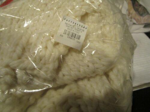 Pottery Barn chunky ivory knit tree skirt New