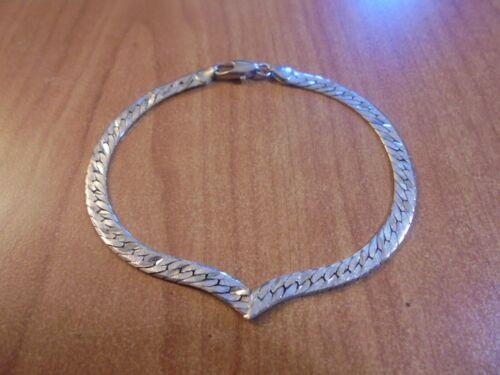 """Vtg Sterling silver v shaped herringbone bracelet 7.25"""" 5.0 grams Italy"""