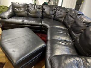 Sectional sofa and ottoman