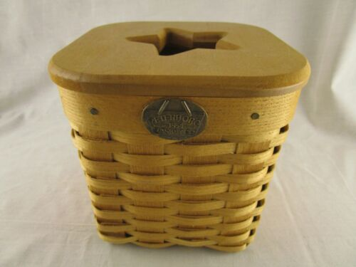Peterboro Basket Co. Tissue Box with Wood cut out Star Lid