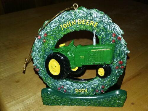 NOS 2004 John Deere Farm 4010  Diesal Tractor Christmas Wreath Ornament  W/stand