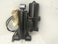 USED Nissan Tohatsu 3C8S771500 Power Trim Assembly Fits 2002-2005 40 HP 50 HP