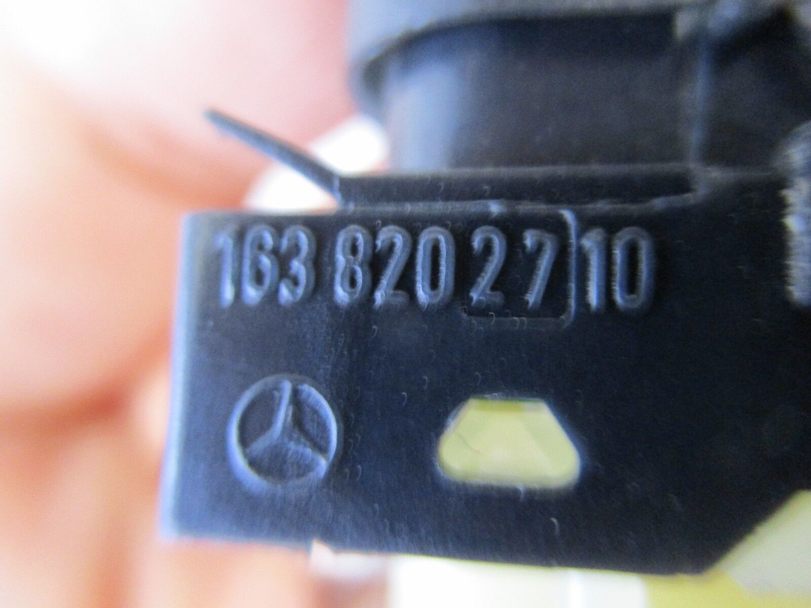 Used Mercedes Benz Accessories For Sale Page 19 Slk280 Fuel Filter 2001 Ml320 Oem Center Dash Electronic Stability Program Esp Switch