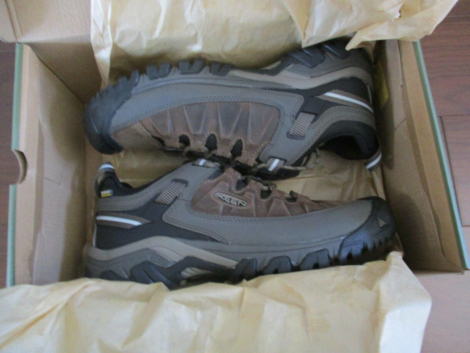 BNIB KEEN Men's Targhee III Waterproof Hiking Shoes, Bungee