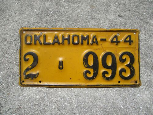 Oklahoma 1944 license plate   #  2  -   993