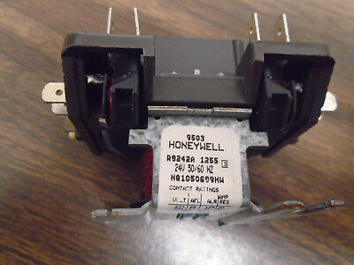 Honeywell Contactor R8242a 1255 Hq1050699hw 24v 5060hz--used