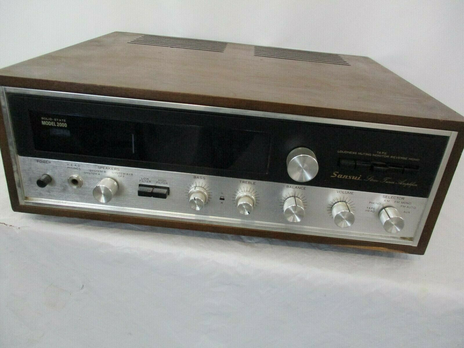 Vintage Sansui AM FM Stereo Reciever Model 2000 Solid State Amplifier