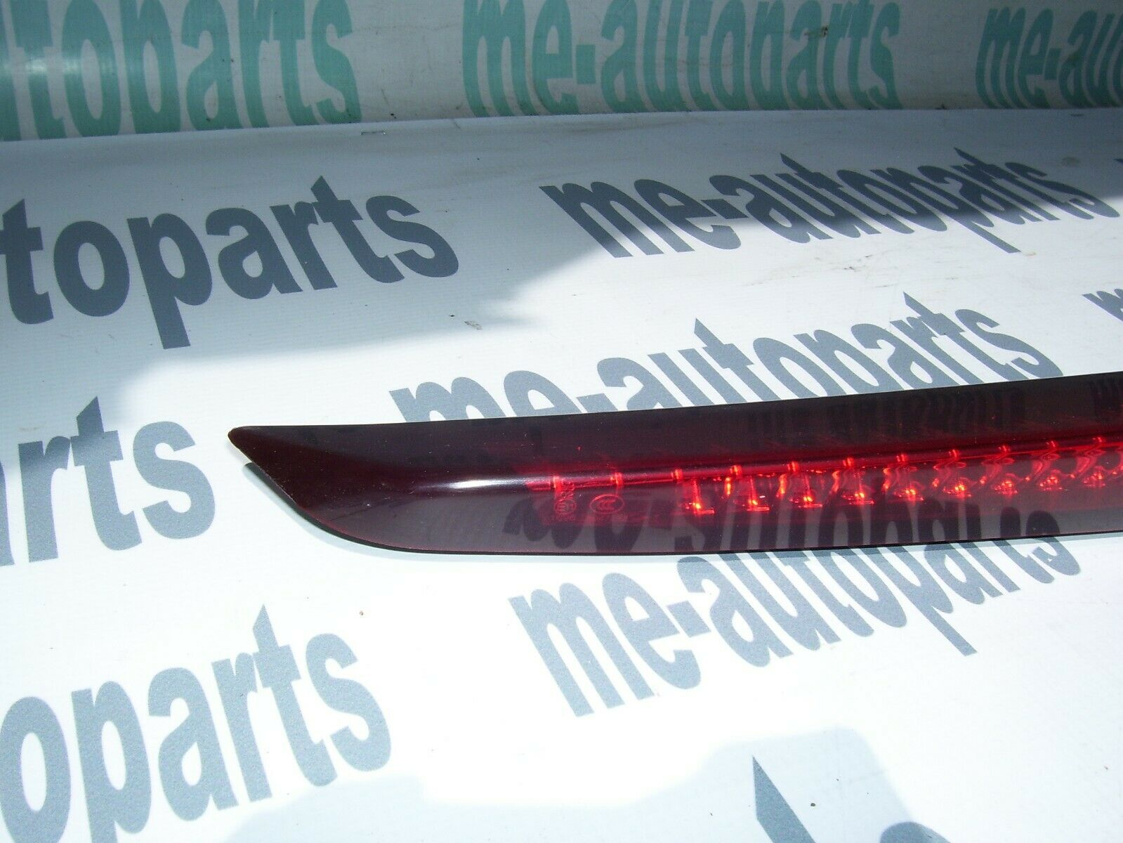 Catalaic sls 2003 trunk strip light