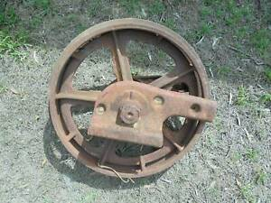 Early International TD6 Dozer front idler   Other Farming Vehicles
